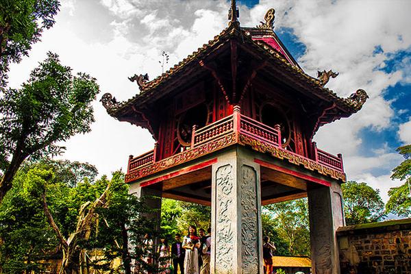 Văn miếu một điểm du lịch tham quan có giá trị văn hóa lịch sử lâu đời