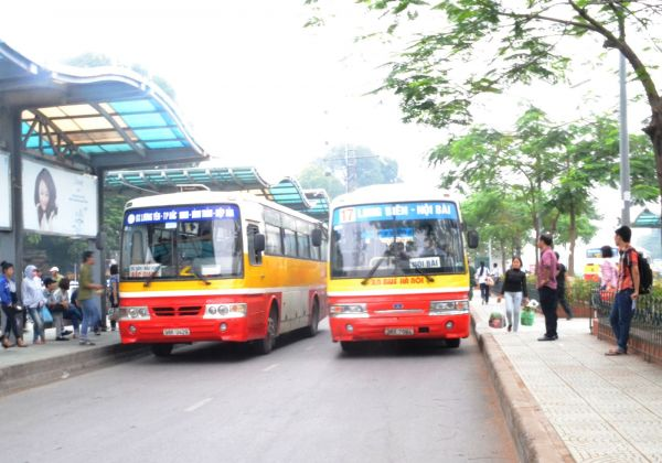 Xe bus công cộng