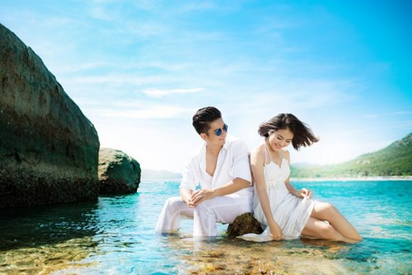 https://ve5s.com.vn/ve-may-bay-di-cam-ranh