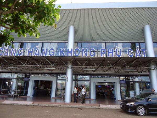Cảng hàng không Phù Cát