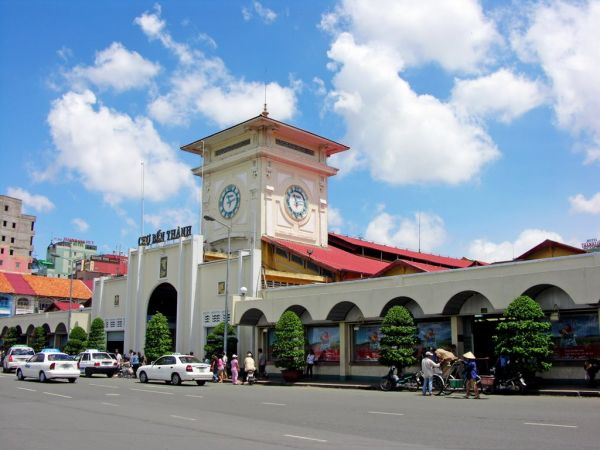 Vé máy bay đi Sài Gòn giá bao nhiêu