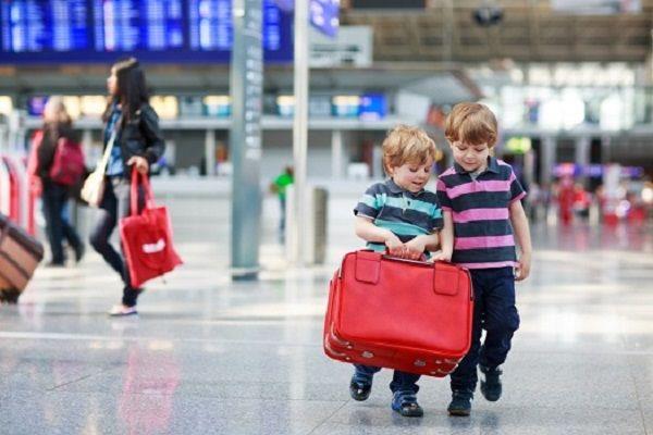Giá vé cho trẻ em khi đi máy bay